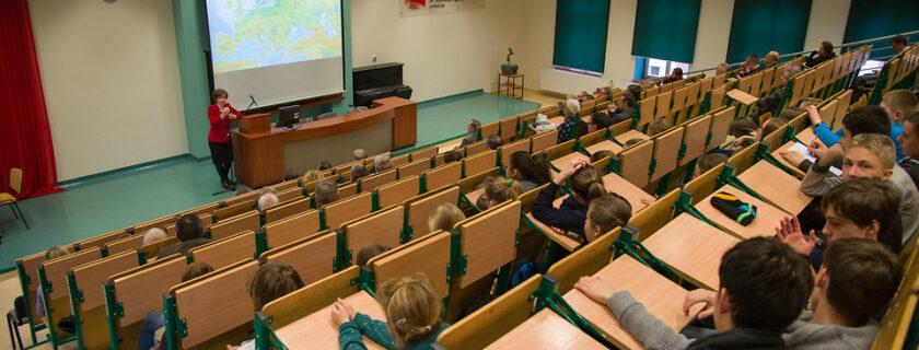 10. Konsul Generalna Węgier w PWSZ w Krośnie